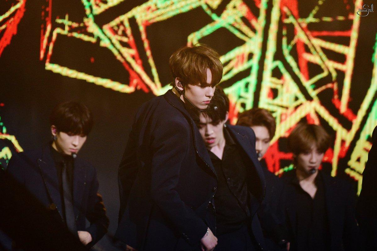 [PIC/HQ] 180214 #SEVENTEEN at 7th Gaon C...