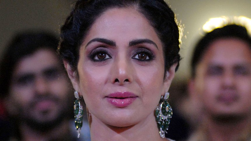 Bollywood-Schauspielerin: Sridevi Kapoor ist tot https://t.co/e0BpNt7sFs