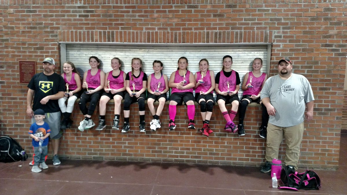 Congrats to the Lady Energy going undefeated today !!