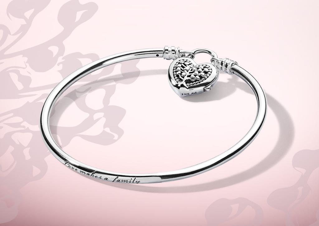 5564a9016 Pandora Jewellery UK on Twitter: