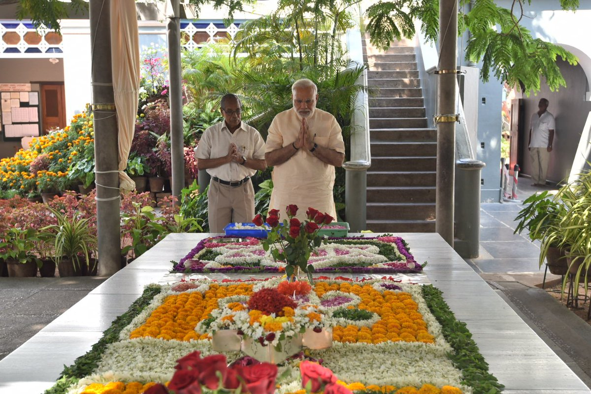 At the Aurobindo Ashram in Puducherry, paid tributes to Sri Aurobindo and The Mother.