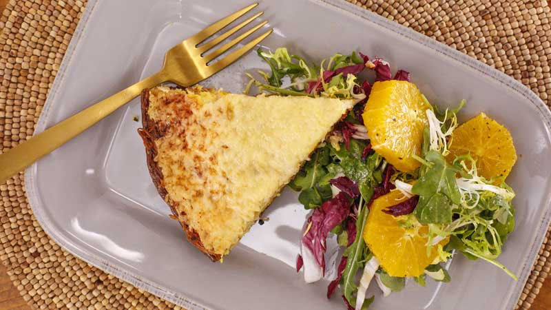 Hold the crust! Rach's easy (yummy!) quiche has a smart swap — and it's #glutenfree  GET THE RECIPE: https://t.co/TtUwpXnaMd