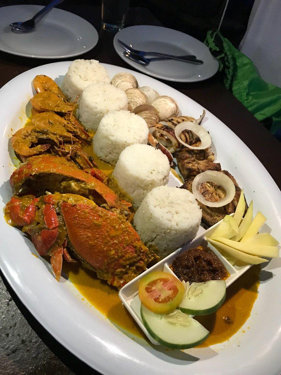 Dindin! (@ Alavar's Seafood Restaurant i...