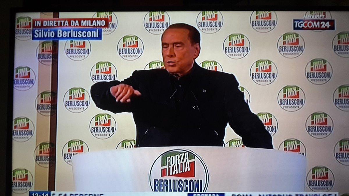 @berlusconi #Berlusconi Non solo fa il c...