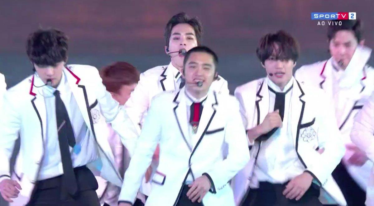 E o EXO que anima a festa agora!   #oInvernoÉNosso #OlimpíadaDeInverno