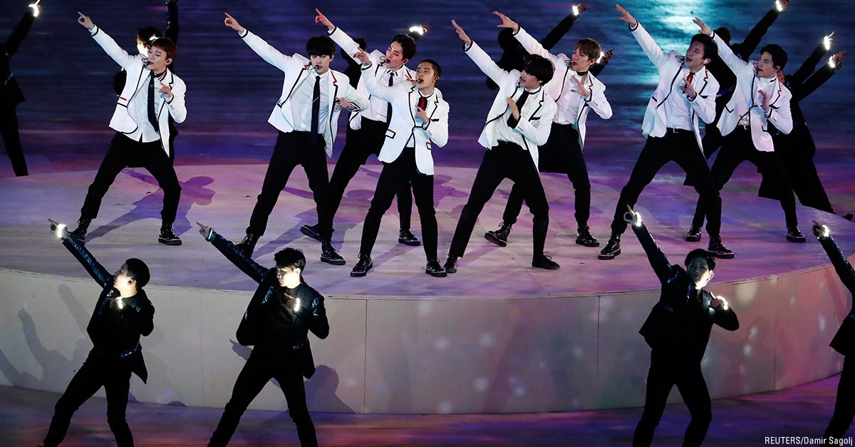 .@weareoneEXO performs during the #ClosingCeremony of the 2018 Winter #Olympics in #PyeongChang2018, South Korea. #Olympics_EXO_EXO