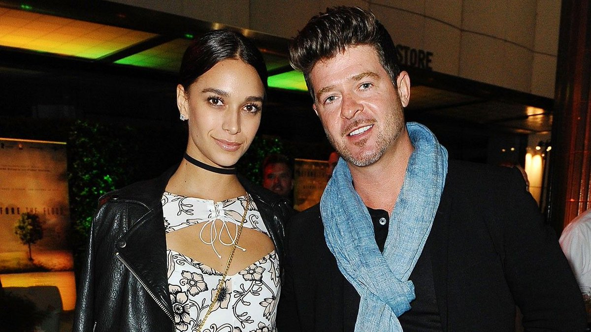 Robin Thicke is a father again https://t.co/ei1oyodvgX