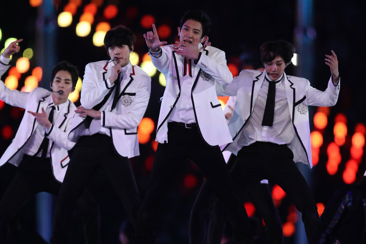 Olimpíadas de Inverno: estrelas do k-pop, CL e EXO brilham na cerimônia de encerramento https://t.co/seC3mcQ5rZ
