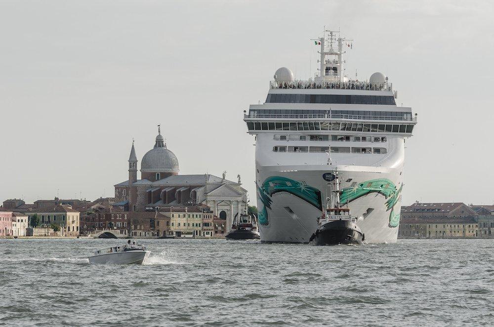 Un algoritmo fermerà le navi troppo grandi per Venezia https://t.co/4V7hdU1y2z @startup_italia