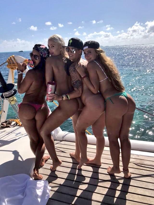 boobs cruise cancun