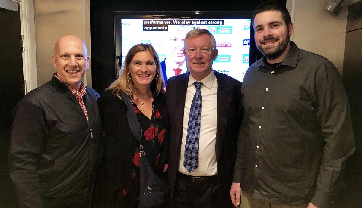 Okay, that was an amazing experience! Manchester United wins in a great game and we got to meet the legendary Sir Alex Ferguson. Unreal. I get why people are so into this environement. Fans are tremendous. #MUFC