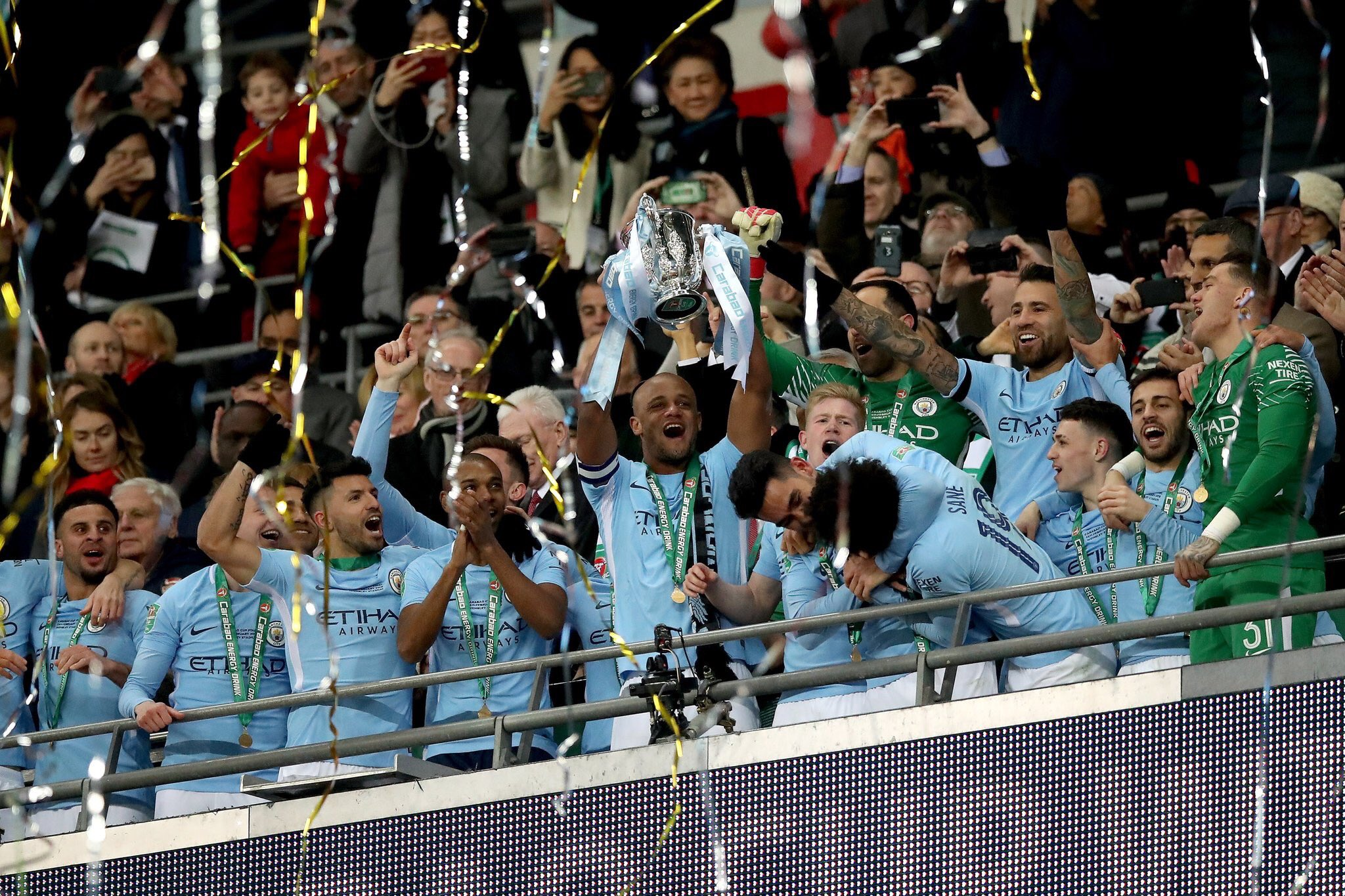 Video: Arsenal vs Manchester City - Carabao Cup Final Trophy Celebration - 25 February 2018