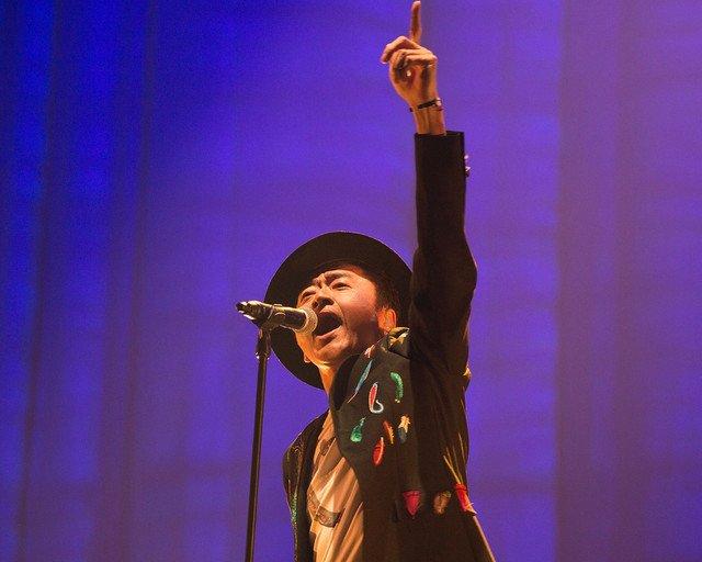 桑田佳祐ツアー映像化した「がらくたライブ」発売、初回盤には映画「茅ヶ崎物語」同梱 https://t.co/vZqOIdhZEe