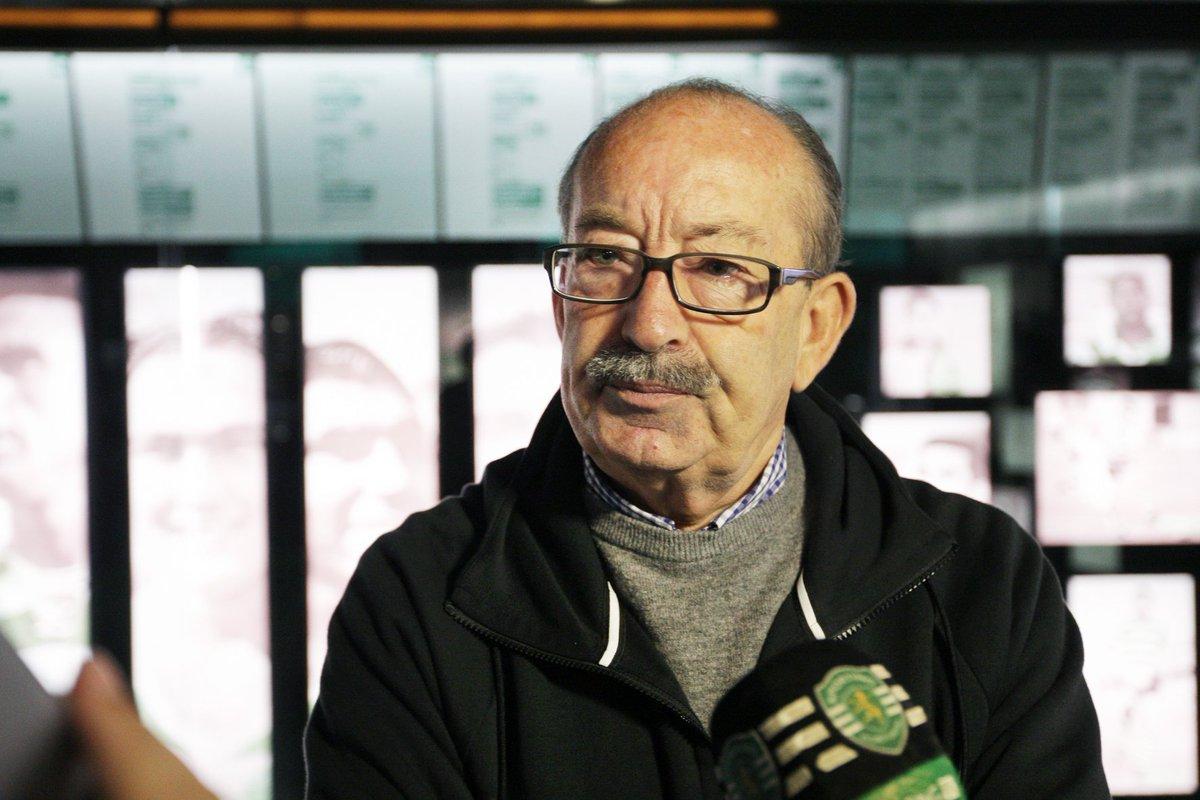 Aurélio Pereira, o 'pai' dos 'Aurélios', foi hoje distinguido pela UEFA com a Ordem de Mérito da UEFA, uma distinção pelo seu enorme contributo para o desenvolvimento do futebol português e europeu. Parabéns, Mestre Aurélio! 🙌