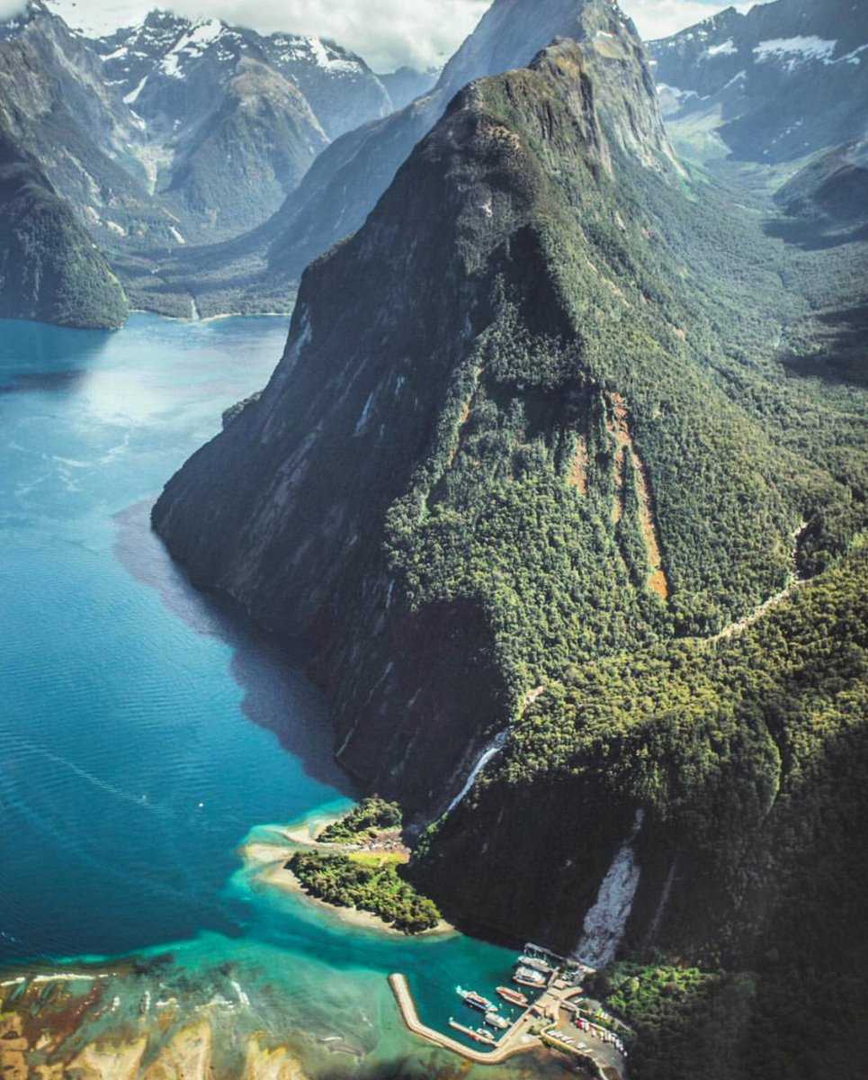 """New Zealand 🇳🇿 on Twitter: """"Over the top. #NZMustDo ..."""