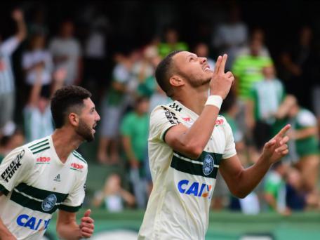 Coritiba bate o Rio Branco no Couto Pereira e fatura a Taça Dionísio Filho https://t.co/XRVfwc4hH2