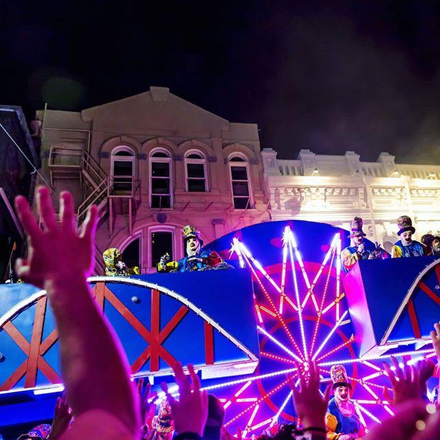 ¡Así se vivió el 'Mardi Gras' en Luisana...