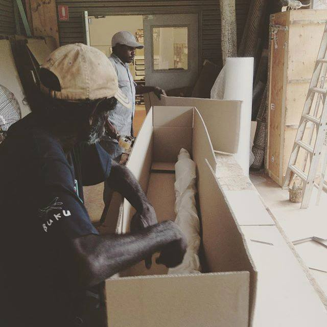 Monday morning packing #yolngupower #arnhmland #bukularrnggaymulka http://ift.tt/2EUtJnkpic.twitter.com/lrdhP9bF5R