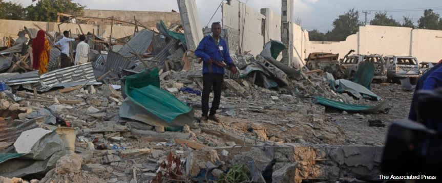 Death toll from twin blasts in Somalia's capital rises to 21. https://t.co/UrQU875gER