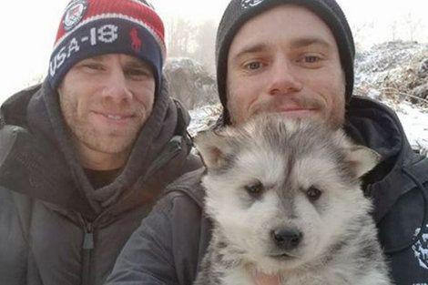 アメリカ代表が「犬工場」の90匹を救出 持ち帰るのはメダルじゃなくて子犬!  ――ガス・ケンワージー選手がパートナーとともに訪れたのは… https://t.co/cU3dSK17QN #アメリカ #韓国 #犬食 #いぬ