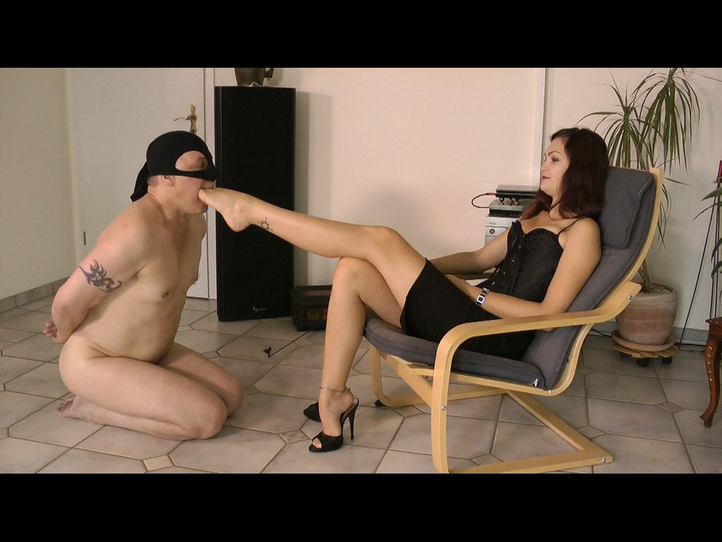 #footmistress #footslave #footgagging #f...