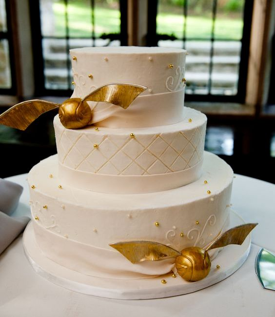 Harry Potter World On Twitter Harry Potter Themed Wedding Cakes