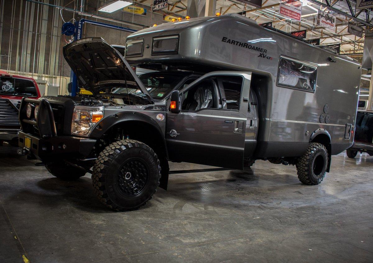 Ford F550 EarthRoamer XVLT Expedition Vehicle RC Trucks