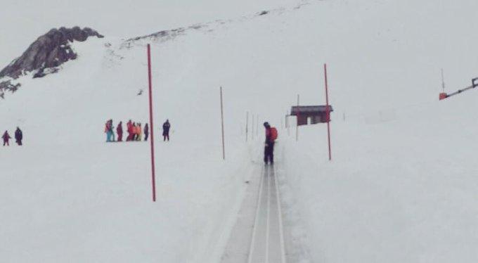 Disfrutando de la nieve en nuestra montaña! ⛷🏂 @estacionfuentes #NosgustaFuentes 😍❤️ #SkiAsturias #ahora 👌🏼🔝