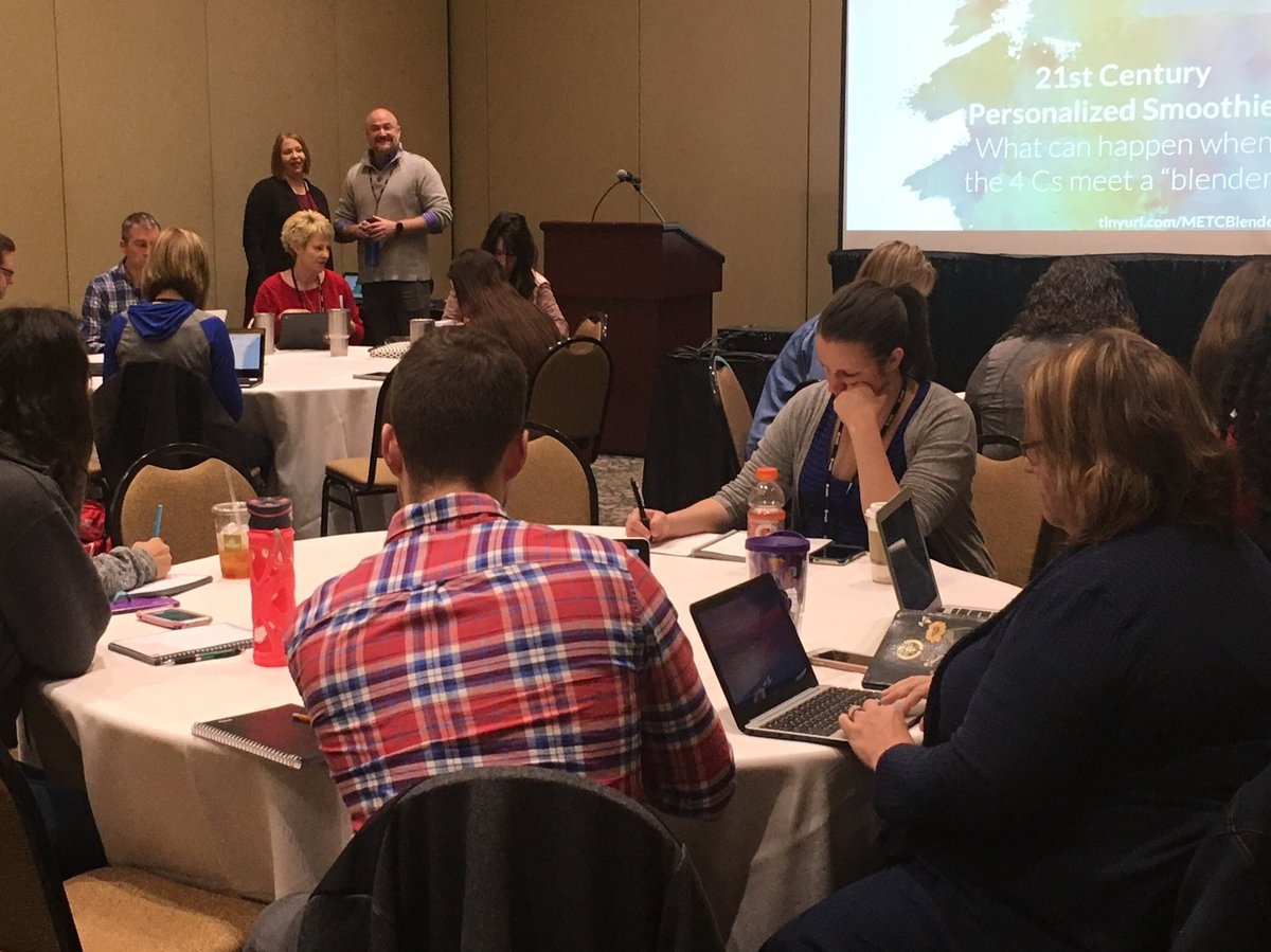 It's a packed house for @MrJJSully and @KelMyrick 21st Century Personalized Smoothie @METCedplus ! Can't wait to see @officialSPS represented yet again! #METC18 <br>http://pic.twitter.com/WP4JvXIGDB