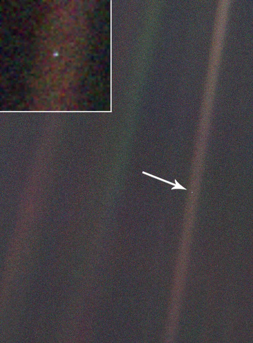 "#ValentinesDay in 1990 - The Voyager spacecraft took a photo of Earth from 4 billion miles away as it zoomed out of our solar system. This famous ""pale blue dot"" photo inspired one of my favorite quotes of all time."