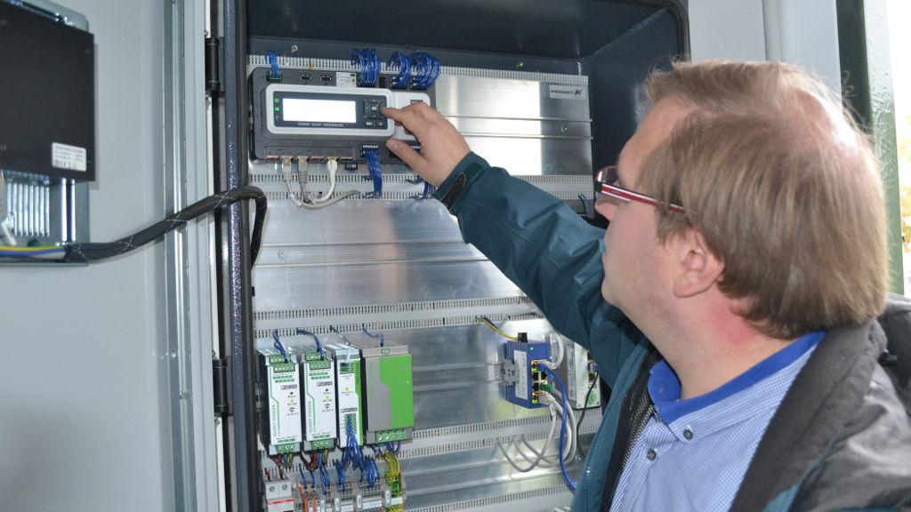 Ausgezeichnet Handwerker Elektrische Verkabelung Zeitgenössisch ...