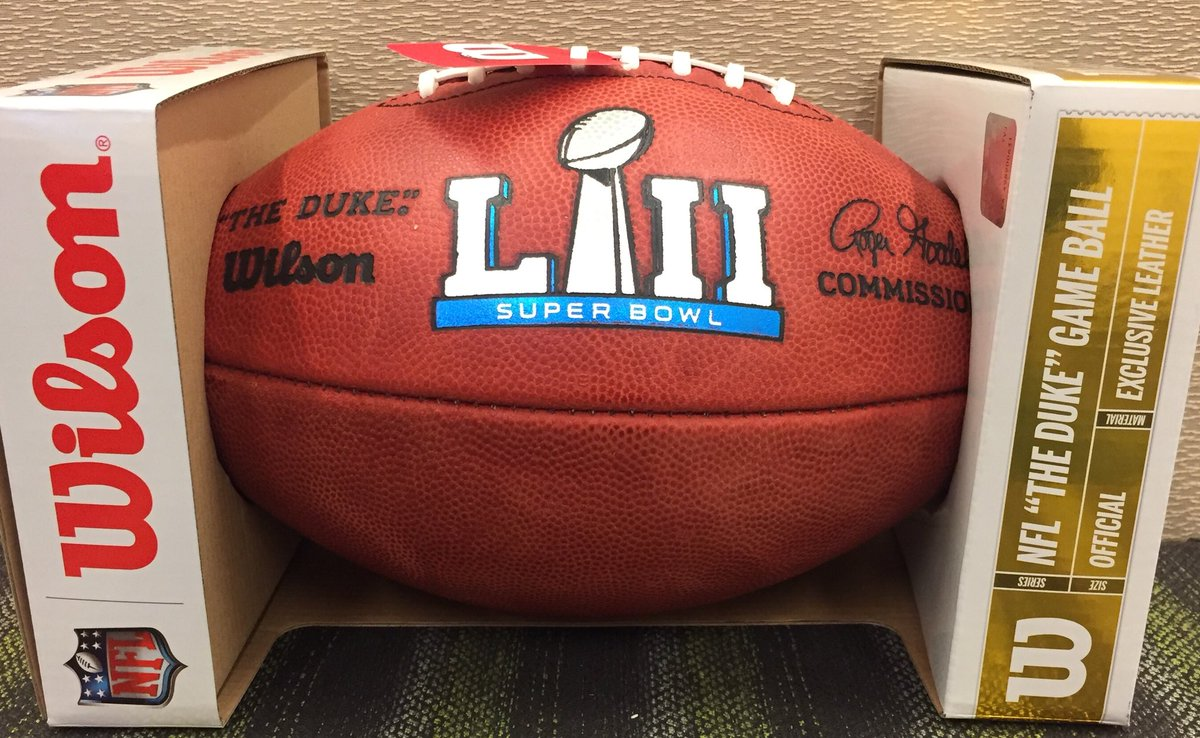 Retweet AND Follow for a chance to win this Official #SuperBowl LII Football �! The winner will be chosen Tuesday! Visit NFL.com/auction for more great items! #NFL #ValentinesDay #Football #Valentines2018 #PresidentsDay #NFLCombine #NFLDraft #SuperBowl52