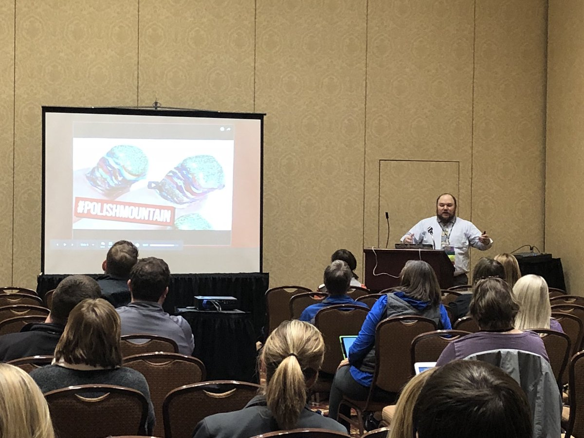 One final #metc18 session before I hit the road.  Wanted to see if @joshchoward could live up to his hype.   Spoiler alert: He does.   Loving his YouTube preso, painting pictures for us even when the network isn't playing nice.<br>http://pic.twitter.com/1d6gZlKrwa