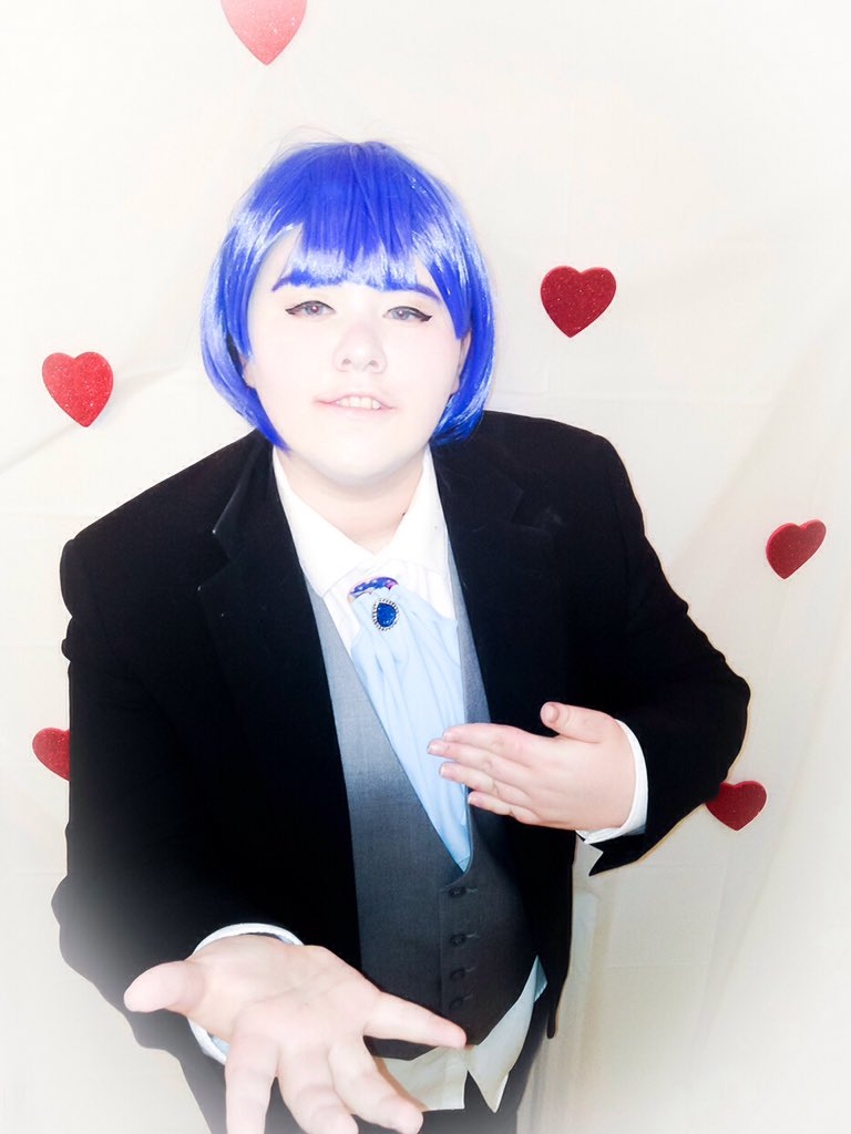 Happy valentines guys... have some Roen 👌🏻💗💗💗 #Valentinescosplay #DanceWithDevils