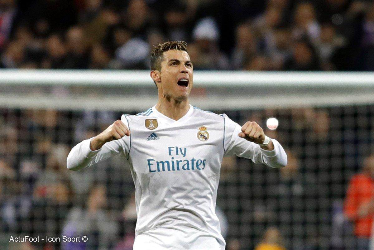 Meilleurs buteurs de l'histoire de la Ligue des Champions :  116 ⚽️ Ronaldo 97 ⚽️ Messi 71 ⚽️ Raul 56 ⚽️ van Nistelrooy 53 ⚽️ Benzema
