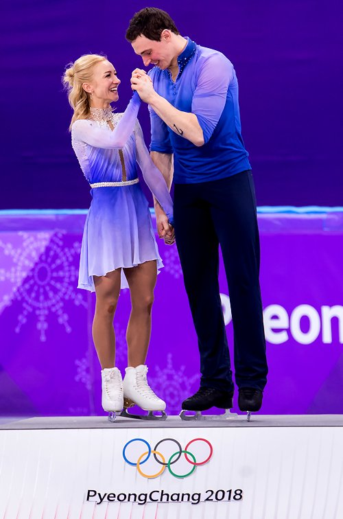 Алена Савченко - Бруно Массо / Aliona SAVCHENKO - Bruno MASSOT GER - Страница 22 DWDoIR5WkAAEHwg