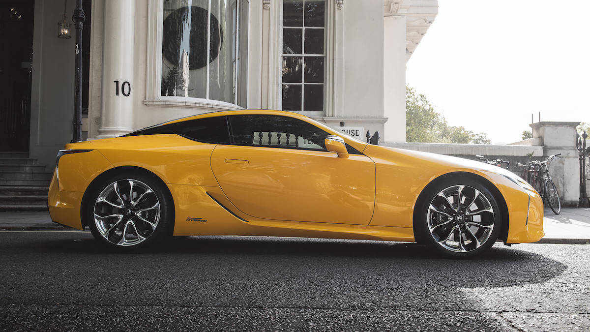 Designed to attract attention. #LexusLC https://t.co/VuwuUHLwgW