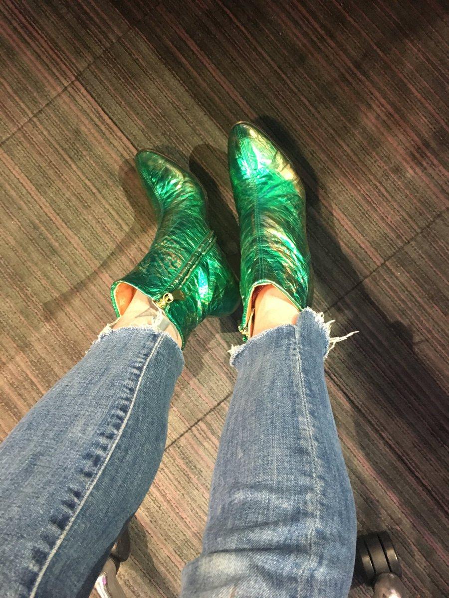 Saz @sarajcox boots for Radio