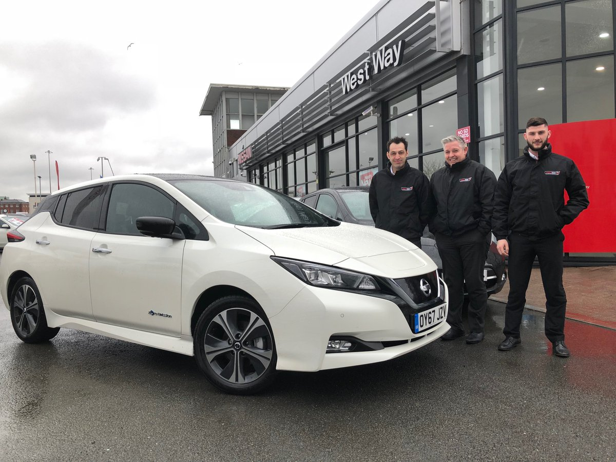 Thanks to @westwaynissan in Wolverhampton for being a part of the #Nissan #LEAF tour, you're #SimplyAmazing ! https://t.co/gQtaJdlTZi https://t.co/Z4w9qI3igg