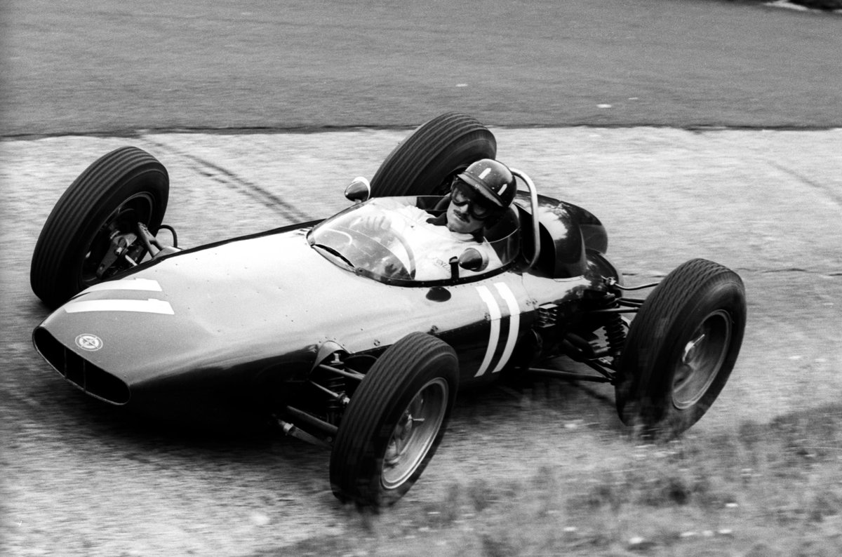 89 years ago #OnThisDay the great Graham Hill was born  He was a two-time #F1 world champion 🏆🏆  One of the most charismatic drivers of his era   And father of @HillF1   Find out more about his stellar F1 career >> f1.com/GHill-HOF