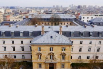 Wishing to study in Paris for your Master in #LifeSciences ? Discover our new Qlife/IMaLiS scholarship program: bit.ly/2BsSeJr @ENS_ULM