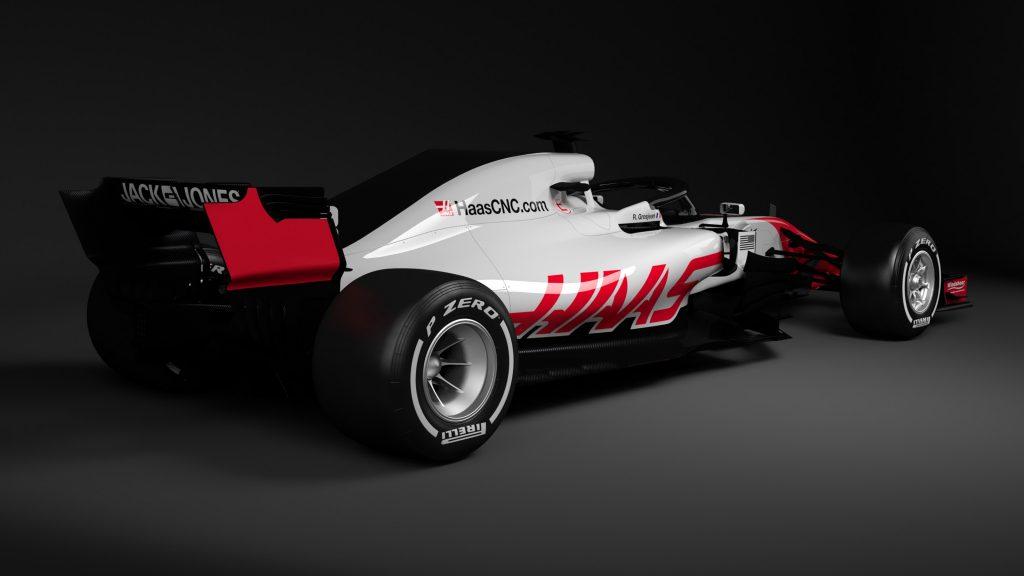 De surpresa, Haas é primeira equipe a apresentar carro para a Fórmula 1 → https://t.co/ebsNVewsZa
