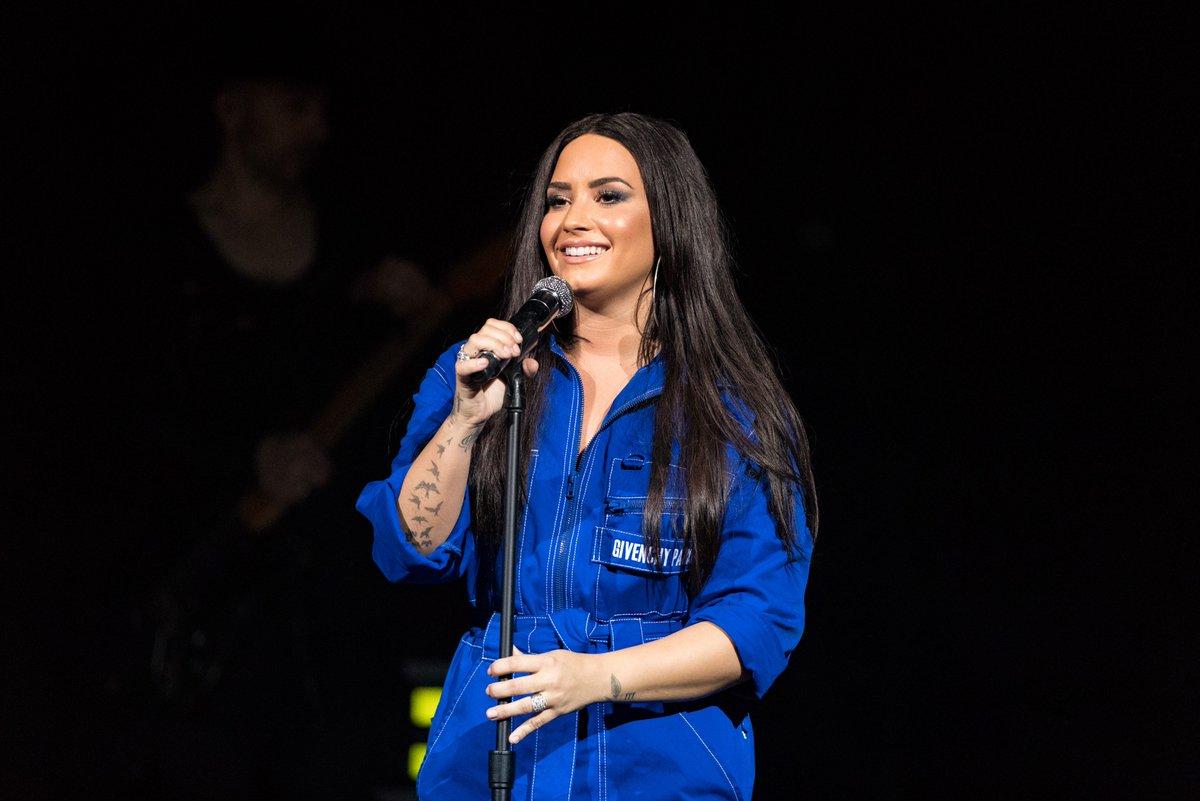 Demi Lovato anuncia quatro shows no Brasil ainda este ano https://t.co/vTJnSdSw80 #TellMeYouLoveMeTour