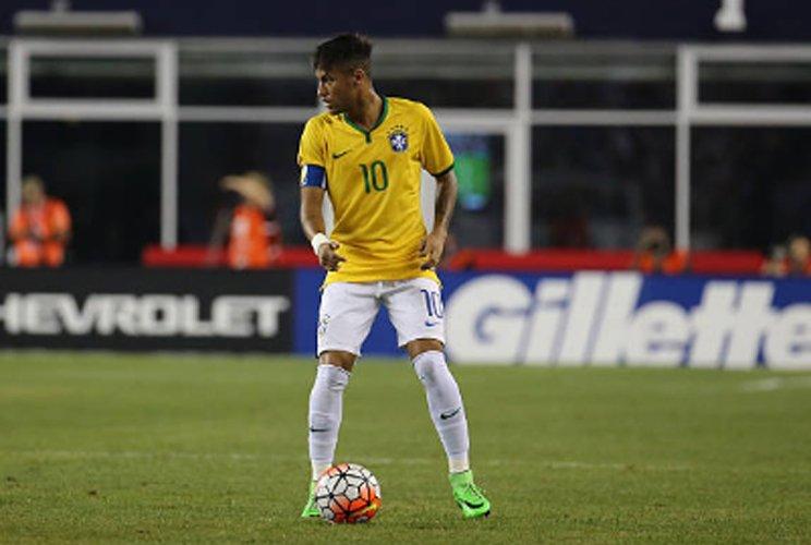 ... segue na vice-liderança do ranking da Fifa   http   www.itatiaia.com.br noticia alemanha-se-mantem-na-ponta-e-brasil- segue-na …pic.twitter.com wNjp9OZCHQ aeb0b0a9a83ed