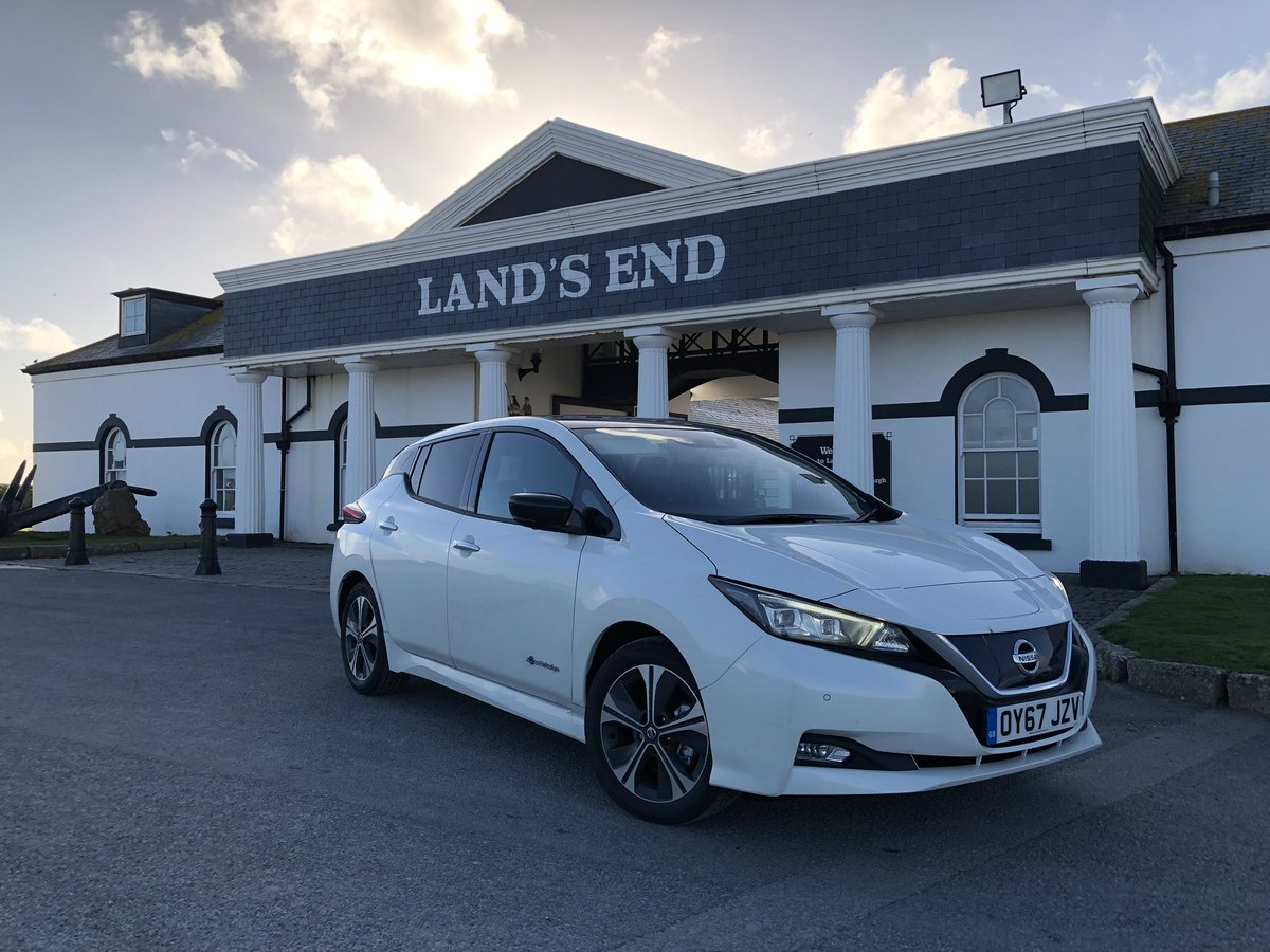 Through snow, sun, wind and rain - and around 850 miles of driving bliss - the #SimplyAmazing #nissan #LEAF has made it to Land's End. It's been a great journey, and we're still not finished! https://t.co/NOAHJeypxH