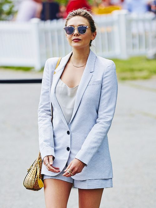 Happy birthday to A-list actress and fashion favourite, Elizabeth Olsen We love her effortlessly understated style