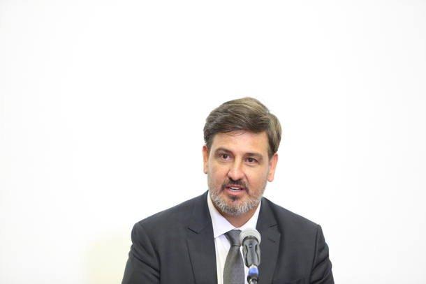 PT aciona Comissão de Ética da Presidência e pede exoneração de Segovia do comando da PF https://t.co/H2j7l0Beqj