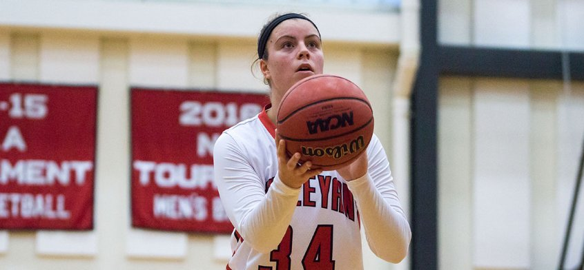 """test Twitter Media - Women's Basketball senior captain Maddie Bledsoe '18 says rebounding is about positioning, luck, and """"wanting the ball more than the other team."""" She leads the @NESCACin rebounds per game with 10.8 this season! Read our Q&A with Maddie here: https://t.co/qxYtuZF93f https://t.co/vT4V4fcr3j"""