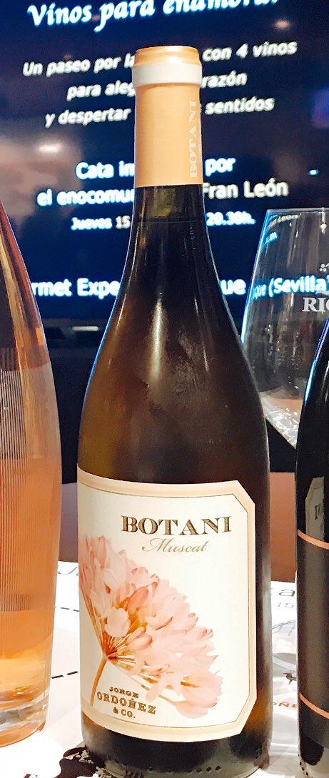 Vinos y poesía en #JuevesdeCataGE probamos Botani de @GrupoJOrdonez #ProbandoWine en @GE_Sevilla https://t.co/UeimWCl8FB