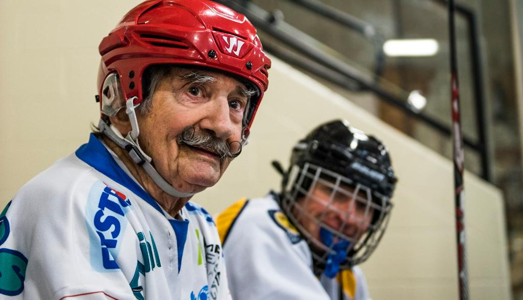 Risultati immagini per Meet the World's Oldest Hockey Player